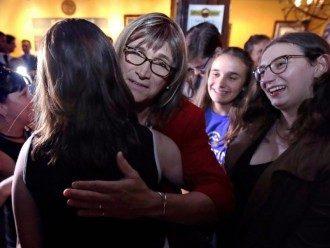 Christine Hallquist Bisa Menjadi Gubernur Transgender Pertama di Amerika Serikat