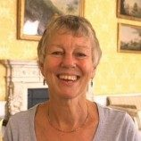 Aktivis LGBT Inggris Diberi Penghargaan oleh Ratu Elizabeth