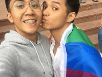 Mahasiswa University of Philippines Merayakan LGBT Pride