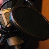 Peneliti Membuat Alat Baru yang Membantu Terapi Modifikasi Suara untuk Transgender Perempuan