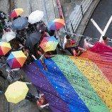 Separuh dari Universitas-Universitas di Hong Kong Menawarkan Tunjangan Pasangan Bagi Pasangan Sesama Jenis yang Telah Menikah