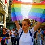 Pengadilan Tinggi Rumania Memutuskan Bahwa Pasangan Sesama Jenis Harus Memiliki Hak yang Setara