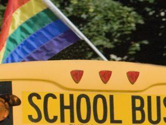 Tumbuh Sebagai Gay di Sekolah Kristen Memiliki Efek Abadi Dalam Hidup Saya
