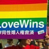Sepuluh Pasangan Sesama Jenis Menuntut Pemerintah Jepang