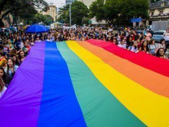 Mayoritas Hakim di Mahkamah Agung Brazil Mendukung Kriminalisasi Homofobia dan Transphobia