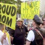 Peneliti: Orang Tua dari Remaja LGB Berjuang untuk Menyesuaikan Diri Setelah Mengetahui Orientasi Seksual Anak Mereka
