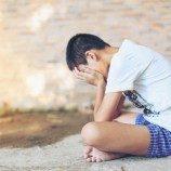 Stigma dan Bahaya yang Unik Terkait Pelecehan Seksual Terhadap Lelaki Gay dan Bi