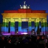 Kabinet Jerman Menyetujui Larangan Terapi Konversi Gay