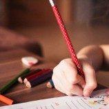 HRW: Diperlukan Tindakan Mendesak untuk Mengakhiri Diskriminasi dalam Memperoleh Pendidikan