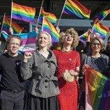 Swiss Memberikan Suara untuk Mendukung Undang-Undang Anti-Homofobia