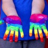 Sekolah-Sekolah di Inggris Akhirnya Mengajarkan Pendidikan Seks Inklusif LGBT