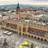 Universitas Tertua di Polandia Menjadi yang Pertama Mengizinkan Siswa Transgender Mendaftar dengan Nama yang Dipilih