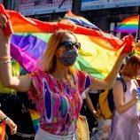 Aktivis LGBT Polandia Melihat Harapan dalam Dukungan Paus untuk Serikat Sipil Gay