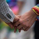 Pasangan LGBT di Cina Mencari Pengakuan dalam Sensus Negara