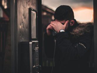 Penelitian tentang Penilaian Orientasi Seksual Berbasis Suara yang Dapat Memicu Diskriminasi Berbasis Kelompok