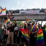 Demo  Pro-Demokrasi Myanmar Menyuarakan Orang-Orang LGBT