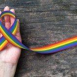 Jika Anda LGBT, Penerimaan Diri Bisa Sangat Sulit, Tetapi Ada Dukungan Ketika Anda Siap untuk Menjadi Diri Sendiri