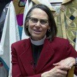 Bonnie Perry Perempuan Lesbian Pertama yang Terbuka Terpilih Sebagai Uskup Gereja Episkopal